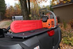 Pore-bagages Wes Industries avec scie à chaine